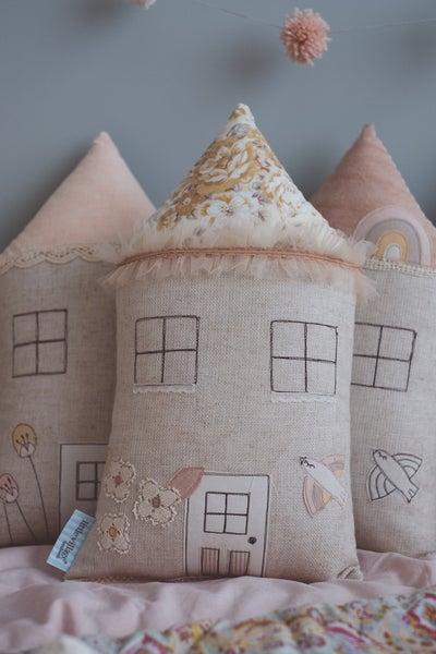 Image of PREORDER - 'Vintage Floral' house cushion