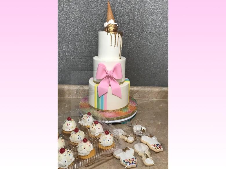Image of Mini 3-tier Cake