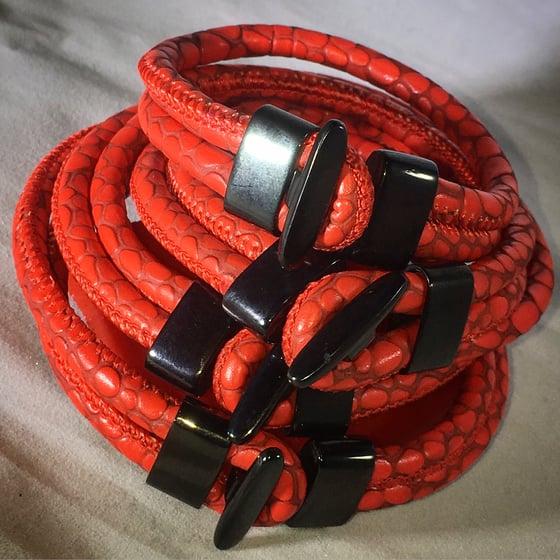 Image of Detroit Red Stingray Bracelet