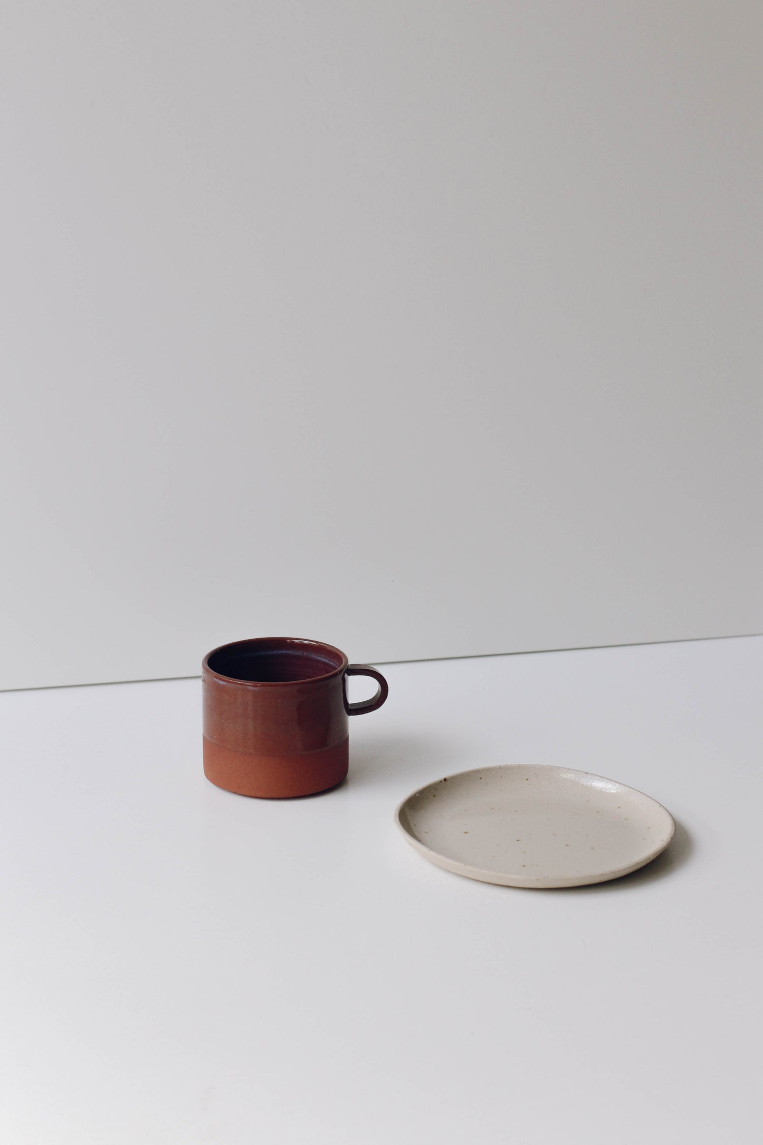 Image of Cup with handle