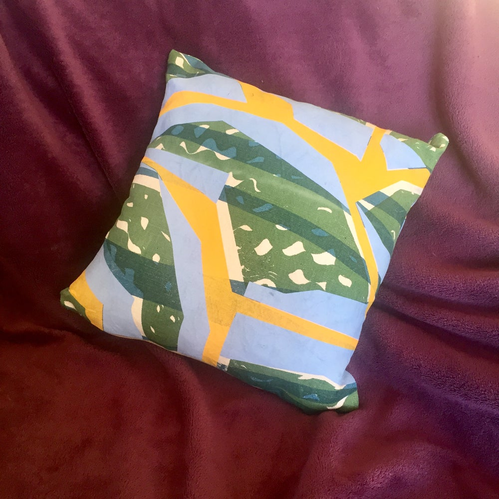 Image of KHIEM CUSHION (GREEN)