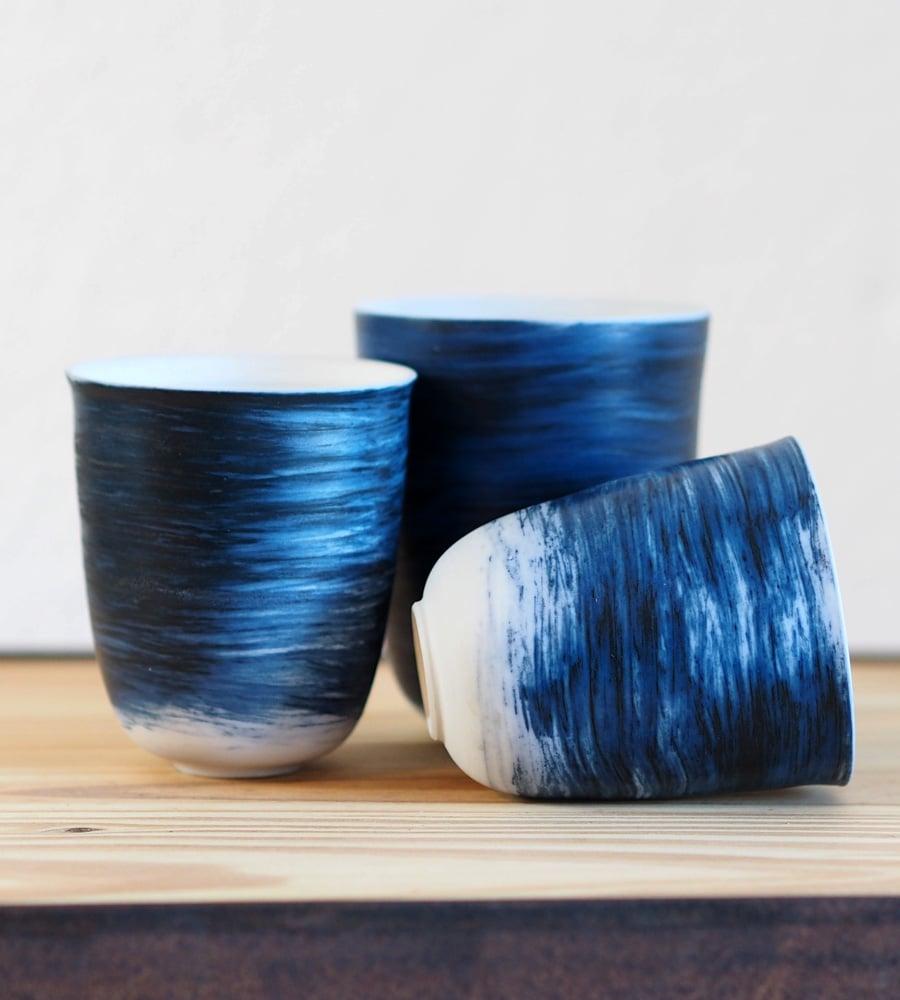 Image of Gobelets Porcelaine - Bleu / Isabelle René
