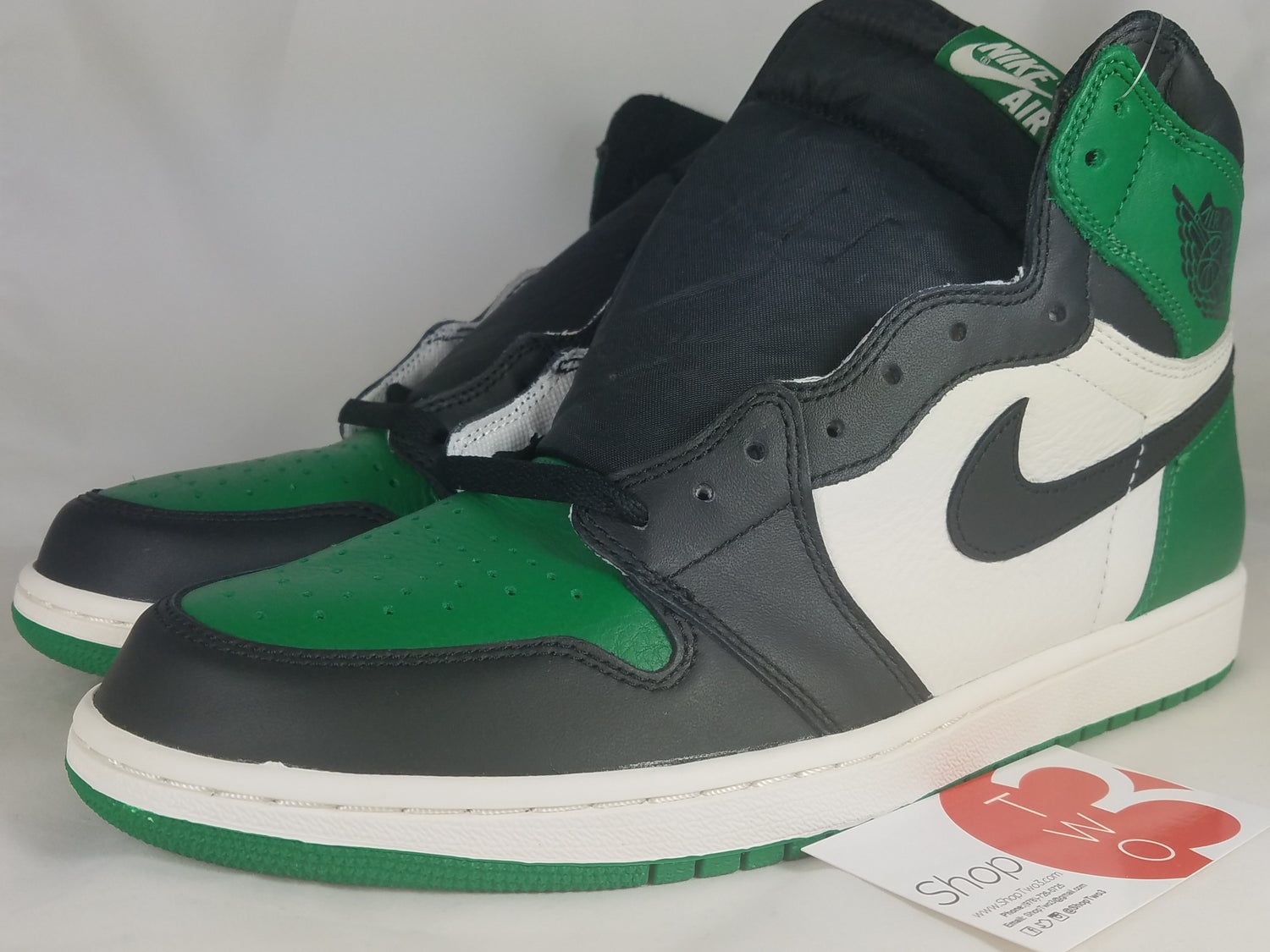"Image of Air Jordan Retro 1 ""Pine Green"""