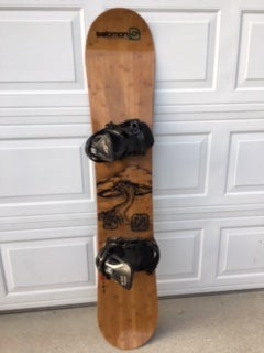 Image of Arbor Roundhouse 159 Wide Snowboard w/Relay Pro xl bindings.