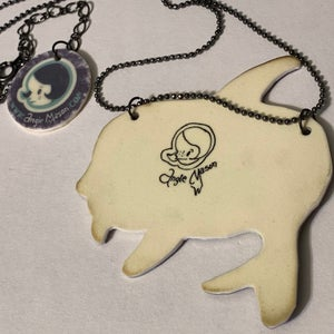 Image of Captive Hearts Sink Sorrows Necklace