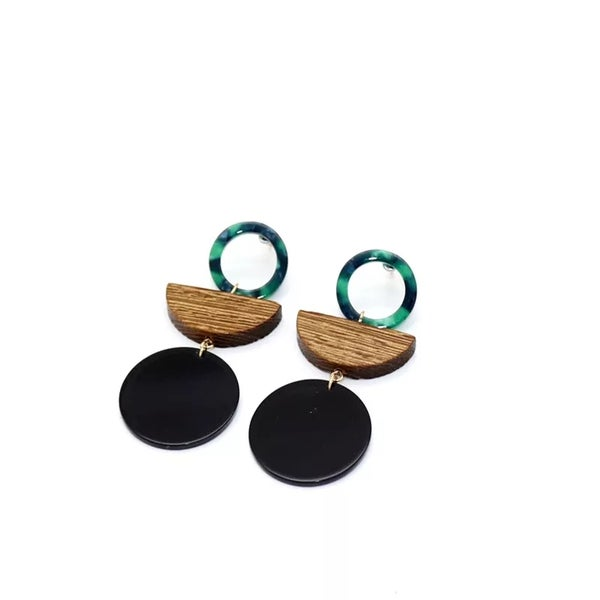 Image of Retro Tina Earring