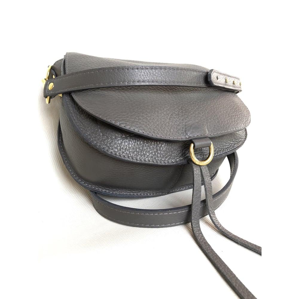 Image of SaddleBag small inside out grey