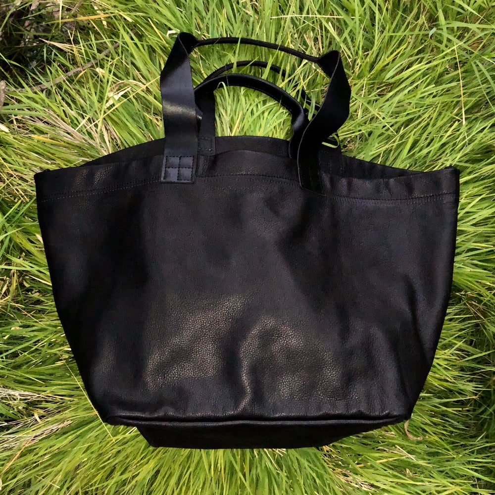 Image of NEW! CARRYALL: All Black Leather  (Medium)