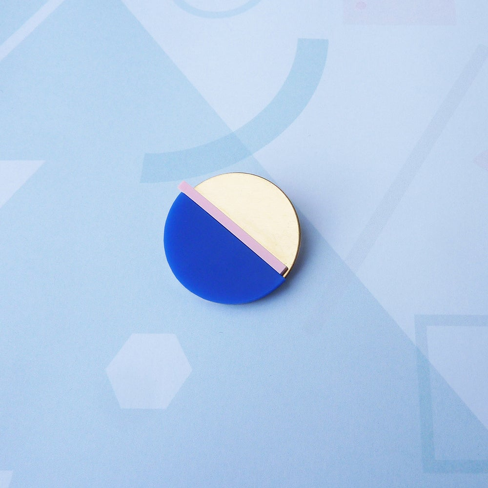 Image of Horizon Brooch French Navy & Pink