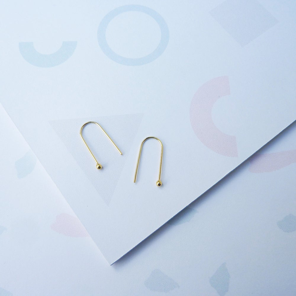 Image of Arc Earrings in Gold