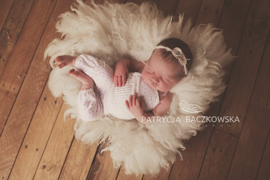 Image of PRE ORDER. Large Cream Fluffy Fur, Size E, Felted Rug Prop, Newborn Photography Wool Prop, Felt Baby