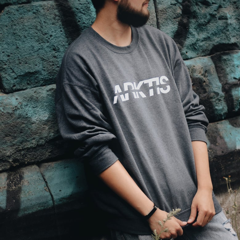 Image of Crewneck Kursiv