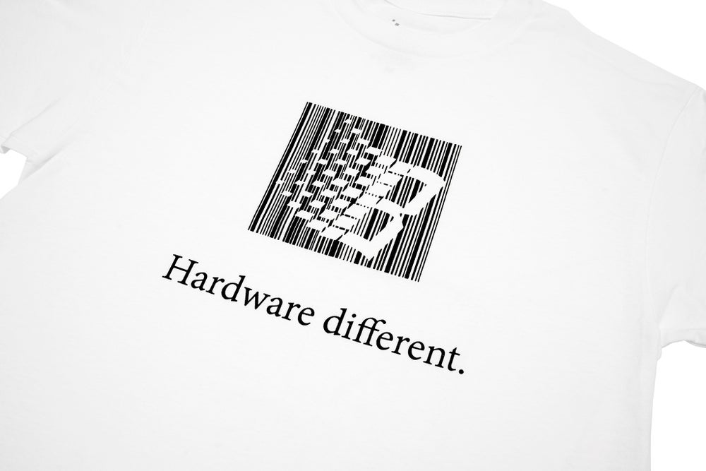 Image of HARDWARE DIFFERENT TEE WHITE