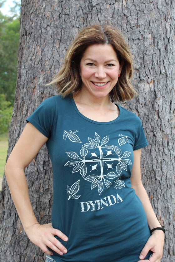 Image of Women's Dyinda (Sister) tee