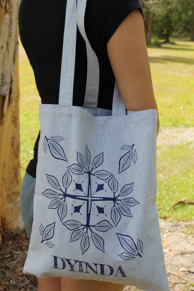 Image of Dyinda Tote