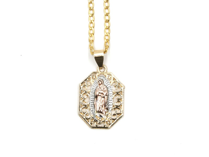 Image of Rome Pendant Necklace