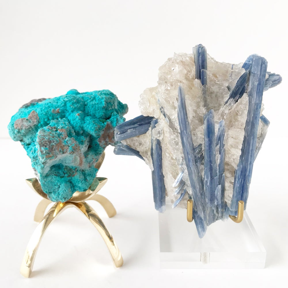Image of Brazilian Blue Kyanite no.85 + Lucite and Brass Stand Pairing