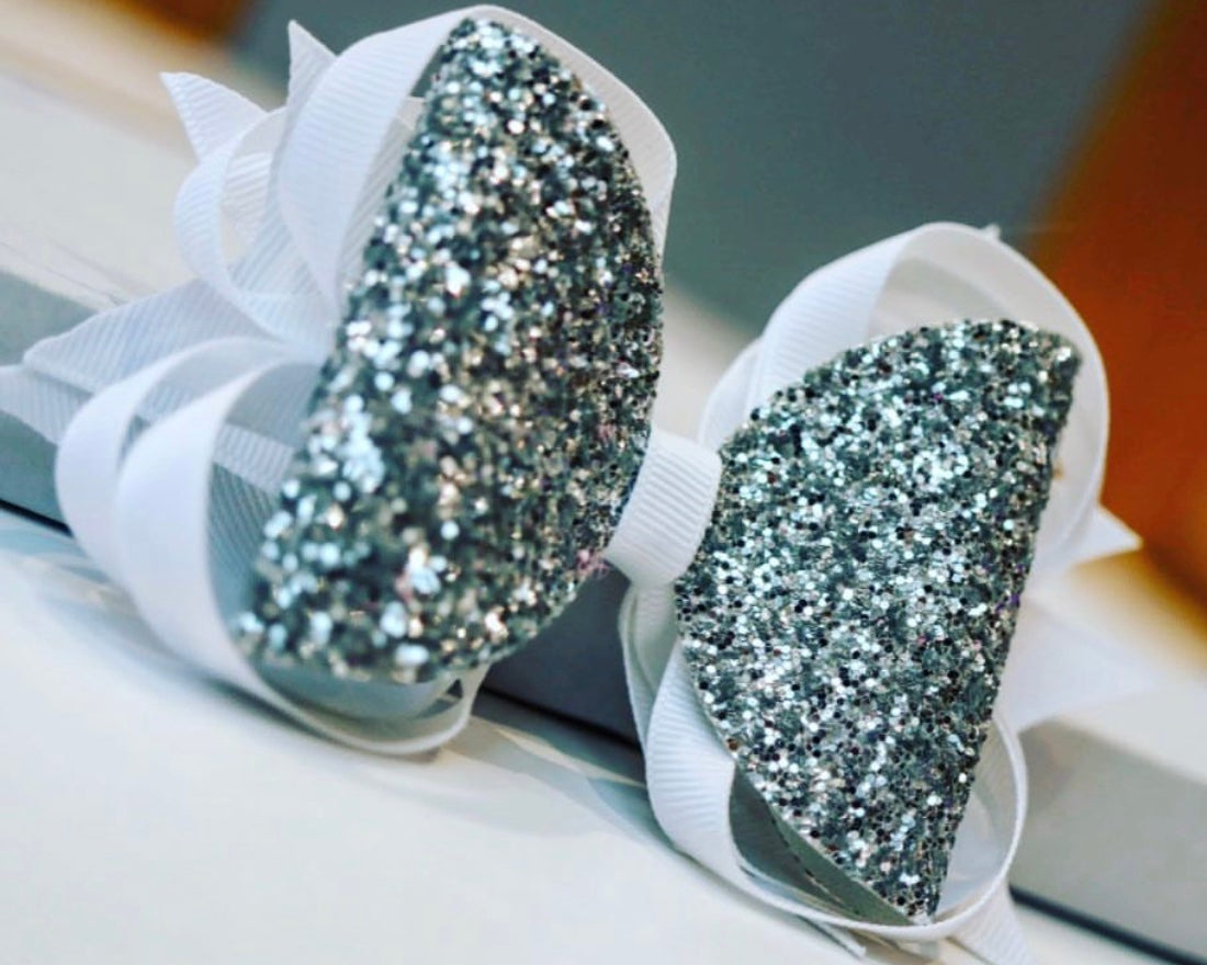 Image of Medium glitter stacker Bow