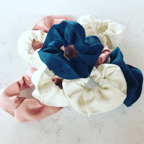 Image of 100% Linen Scrunchie