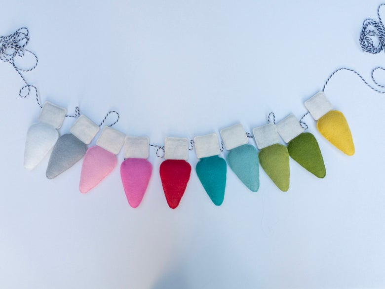 Image of Wool felt Christmas Lights Garland (set of 10)