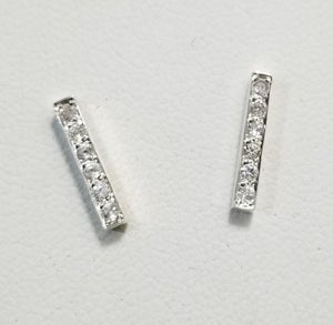 Image of bar studs with white sapphires