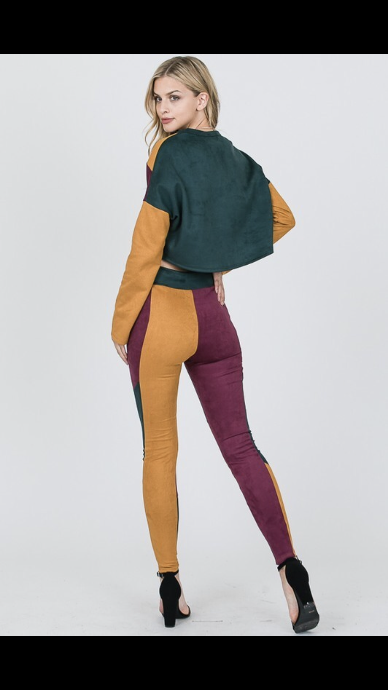 "Image of ""Color Block"" pant set"