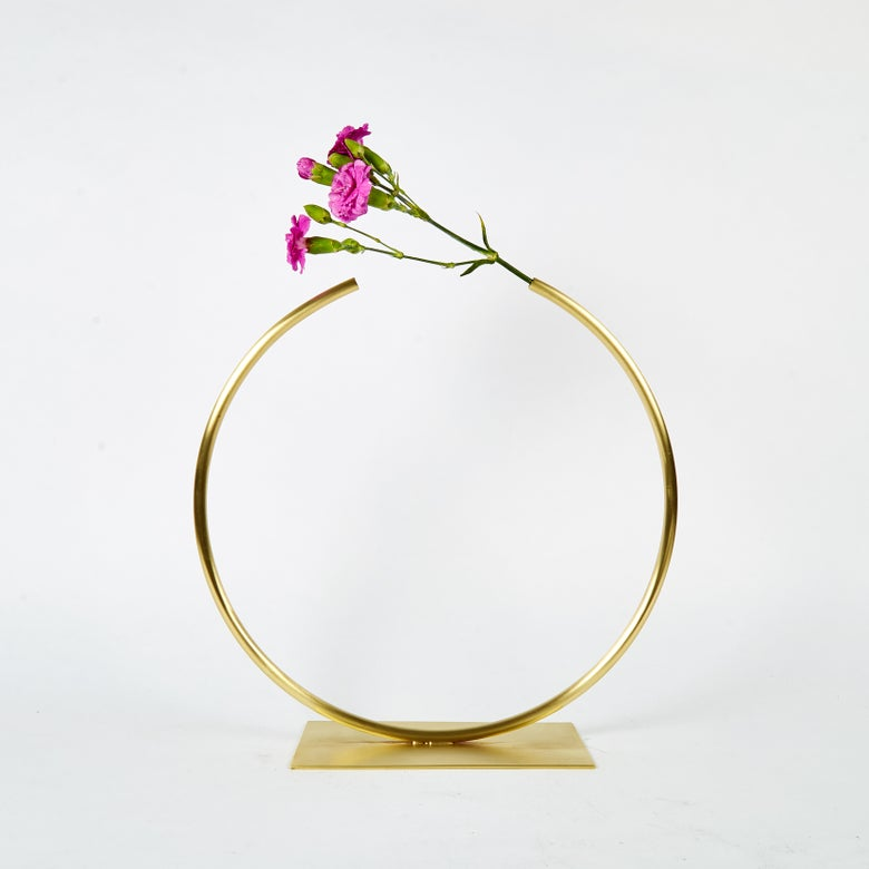 Image of Vase 911 - Almost a Circle Vase