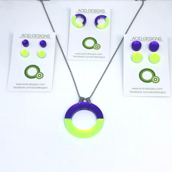 Image of Náhrdelník DoubleCircle fialová - fluorescentní zelená