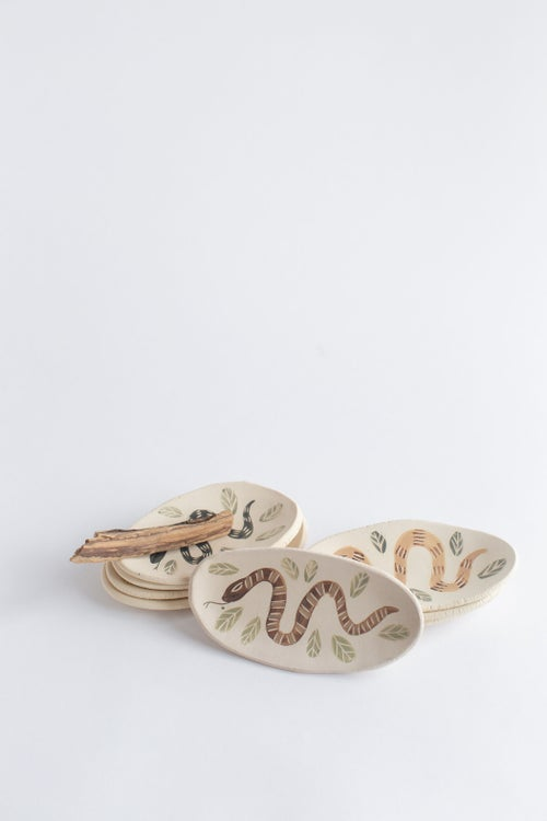 Image of Small Single Snake Dishes