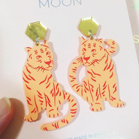 Image of Tiger Twins Dangles (Peach/Gold)