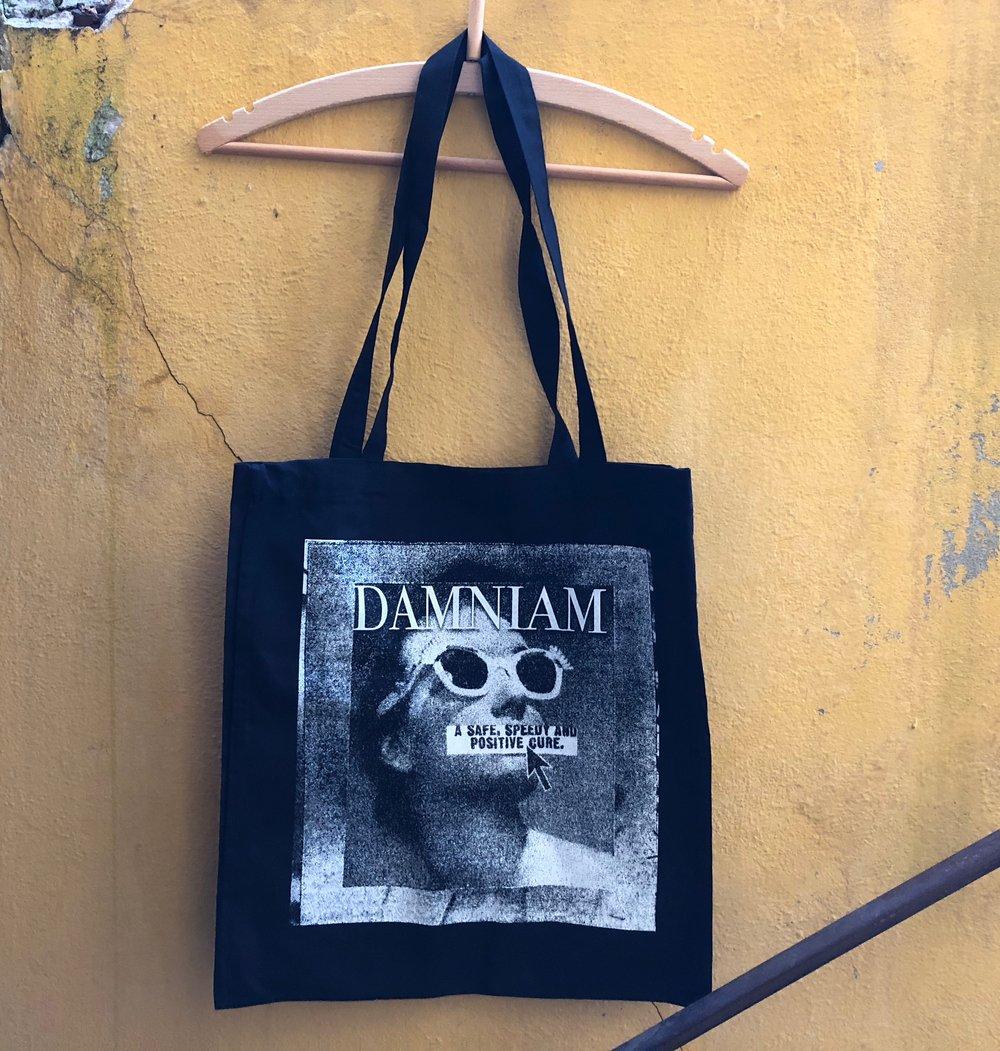 Image of 'SUNGLASSES' BAG
