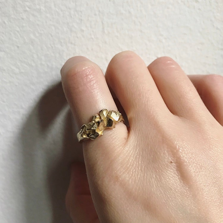 Image of Small Rocky Ring