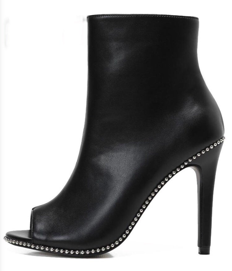Image of Studded boots BLACK MAGIC