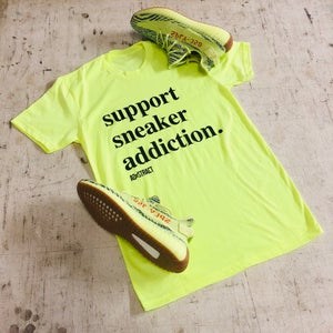 Image of SUPPORT SNEAKER ADDICTION T-SHIRT