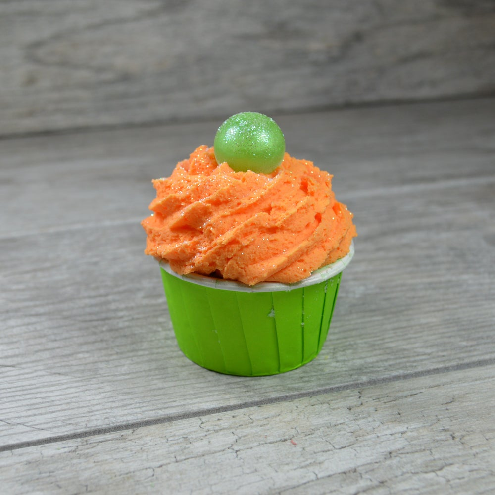 Image of Cucumber Melon Bath Bomb Cupcake