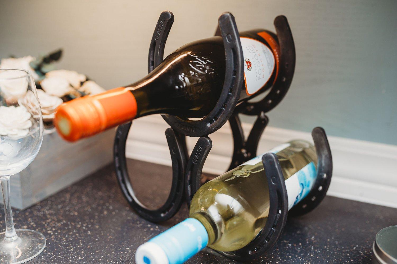 Image of Horseshoe Wine Rack