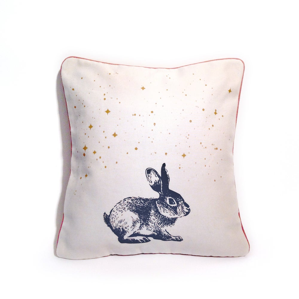 "Image of Housse de coussin ""Rabbit in the stars"""
