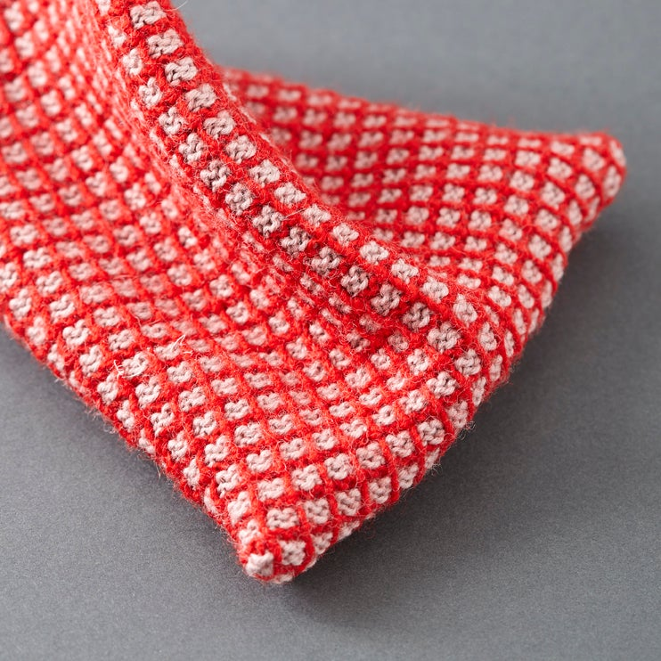 Image of Guernsey Buoyancy Pouch - Red and Pink Grid