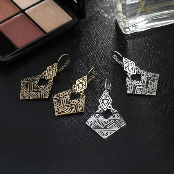 Image of Cleo Earring