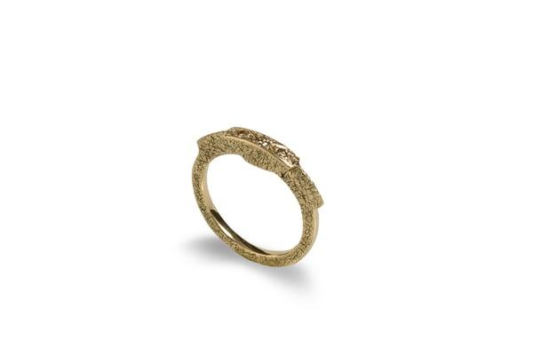 Image of Ecuestre Brown Diamonds ring