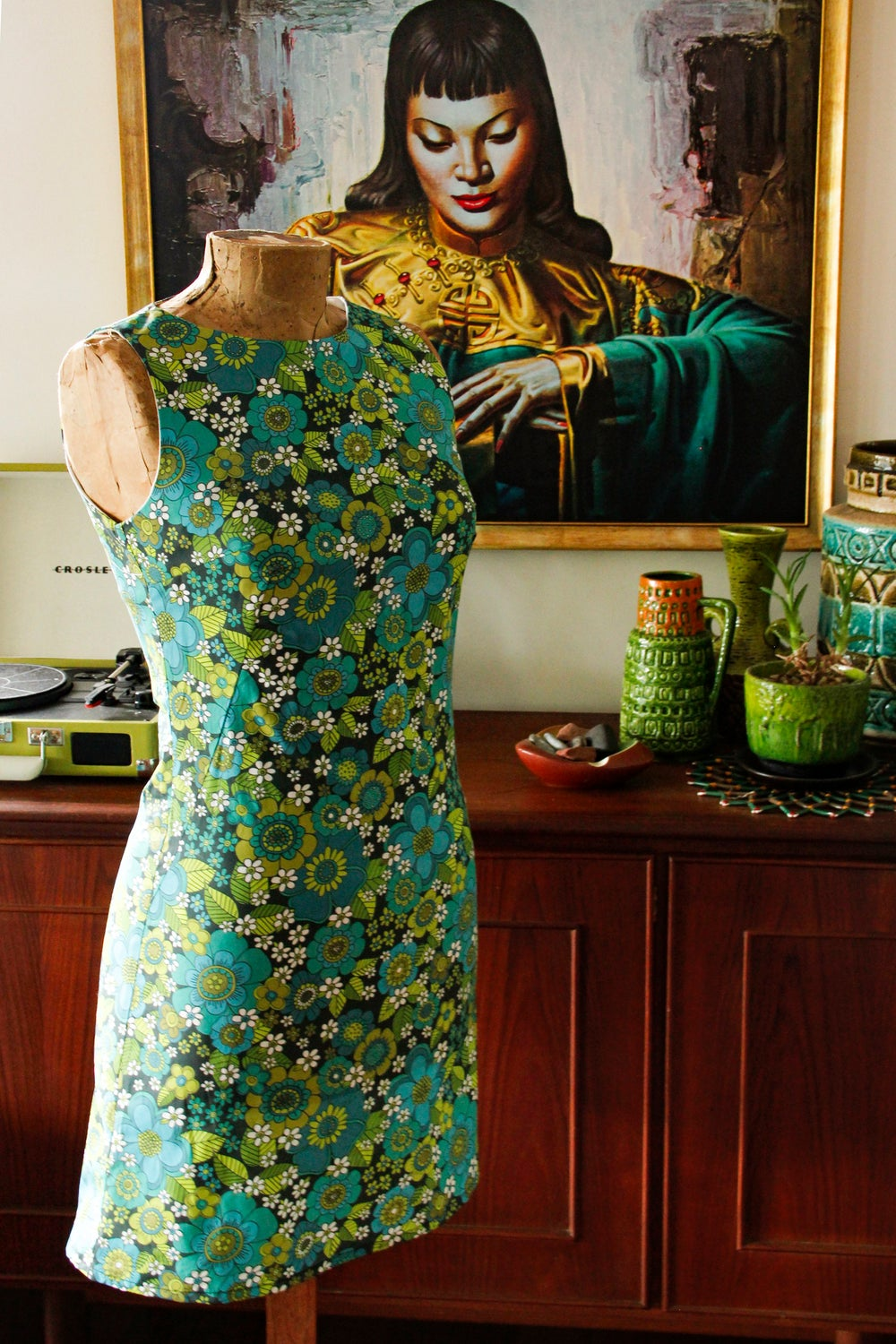 Tiki time shift in our Flower power print in Blue/ green