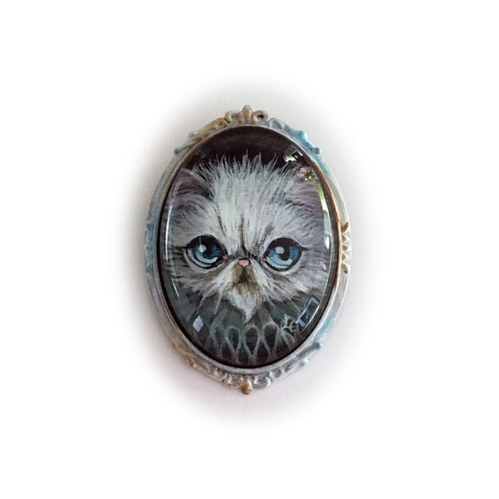Image of Snowcat Brooch
