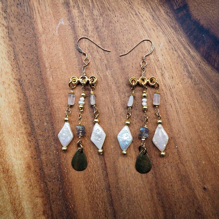 Image of Trinket Earrings (Elegant White)