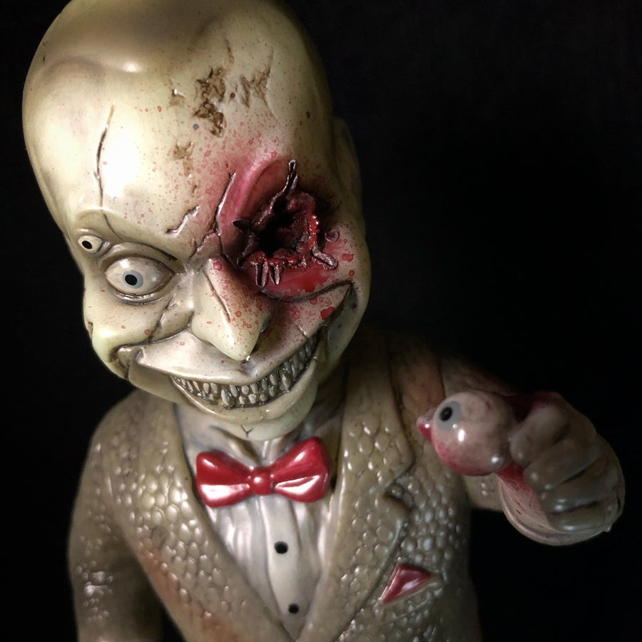 "Image of ""Eye for an Eye"" Mad Puppet Custom"