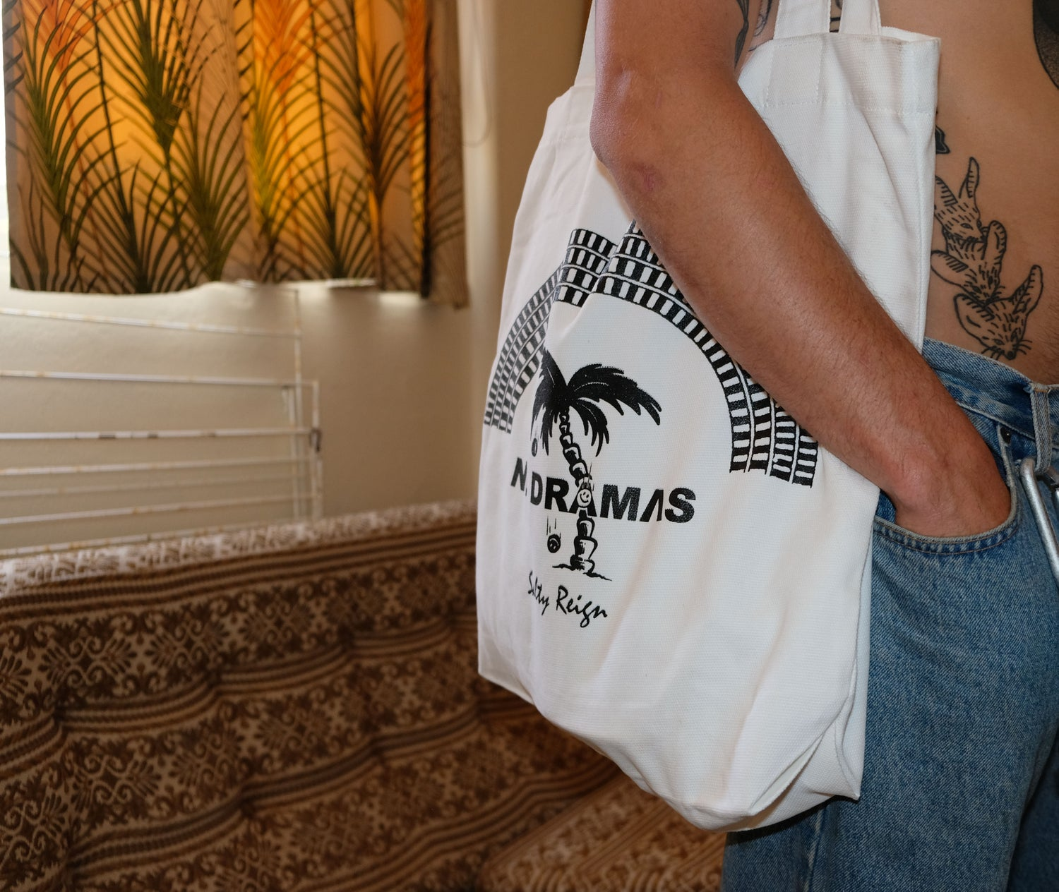 Image of NO DRAMAS Tote