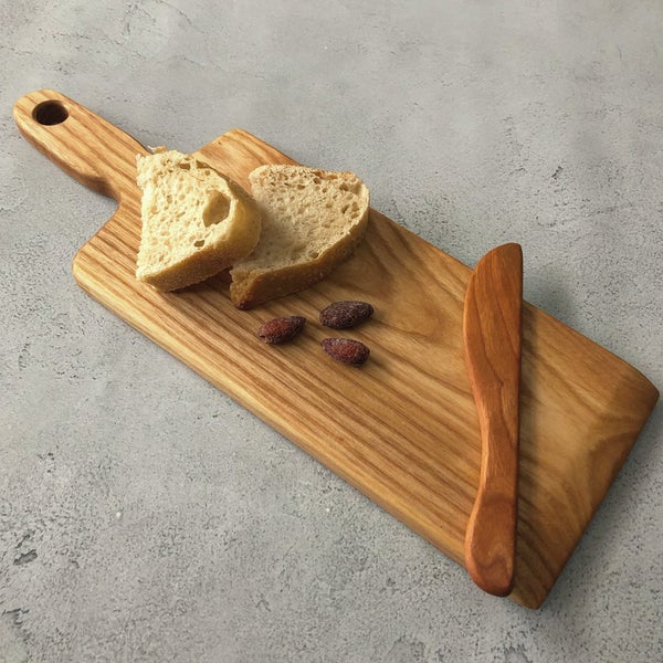 Image of Mom's charcuterie board