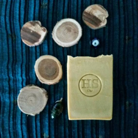 Image of Neem + Henna Shampoo Bar
