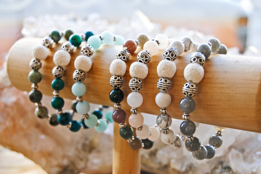 Image of Diffuser and healing stone bracelets