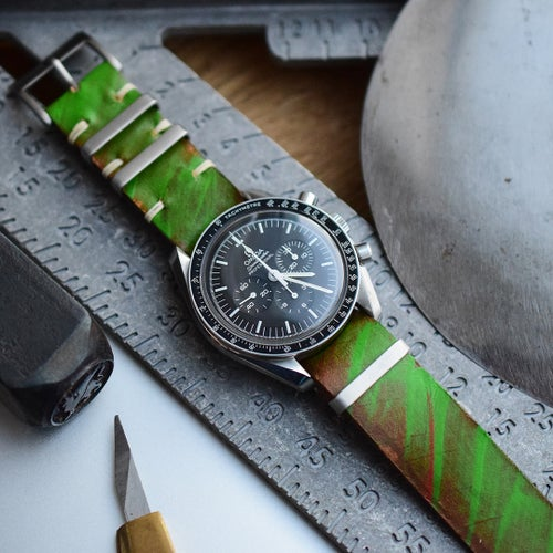 Image of Rugged 'Mad Green' Leather NATO