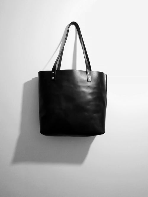 Image of The Tote